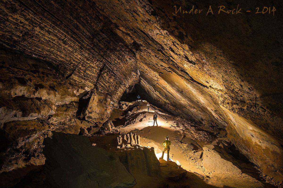 IMAGE: http://ryanmaurerphoto.tripod.com/sinnett2.jpg